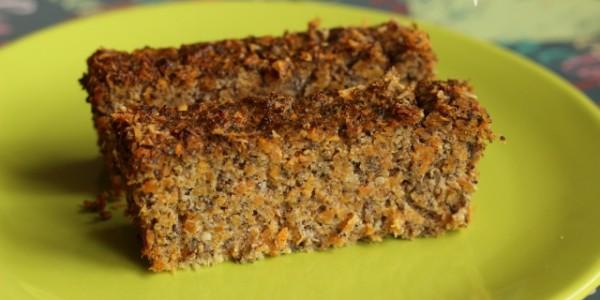 Makovo mrkvový koláč